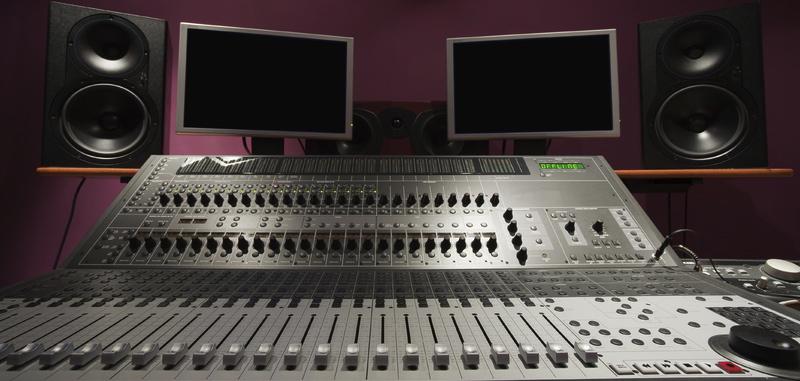 "TechMuze! Ep. 04 ""Tour of my Home Studio"""